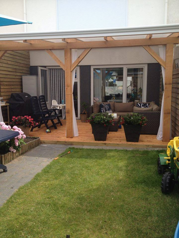 Veranda en overkapping op maat laten maken houthandel for Zelfbouw veranda