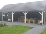 Van Gelder Hout Maatwerk overkapping met schuur + Zadeldak / Puntdak