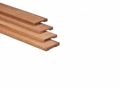 Afdeklat hardhout voor toog en rechte schermen