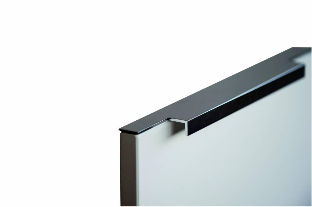F0779.Glanzend aluminium