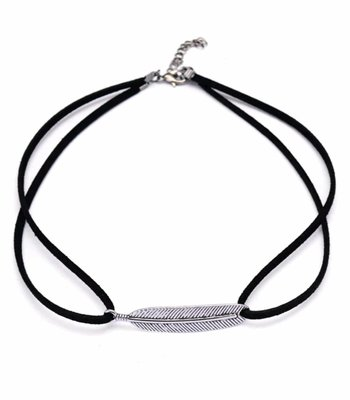 Feather choker black