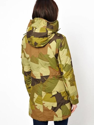Parka mit Camouflage-Print