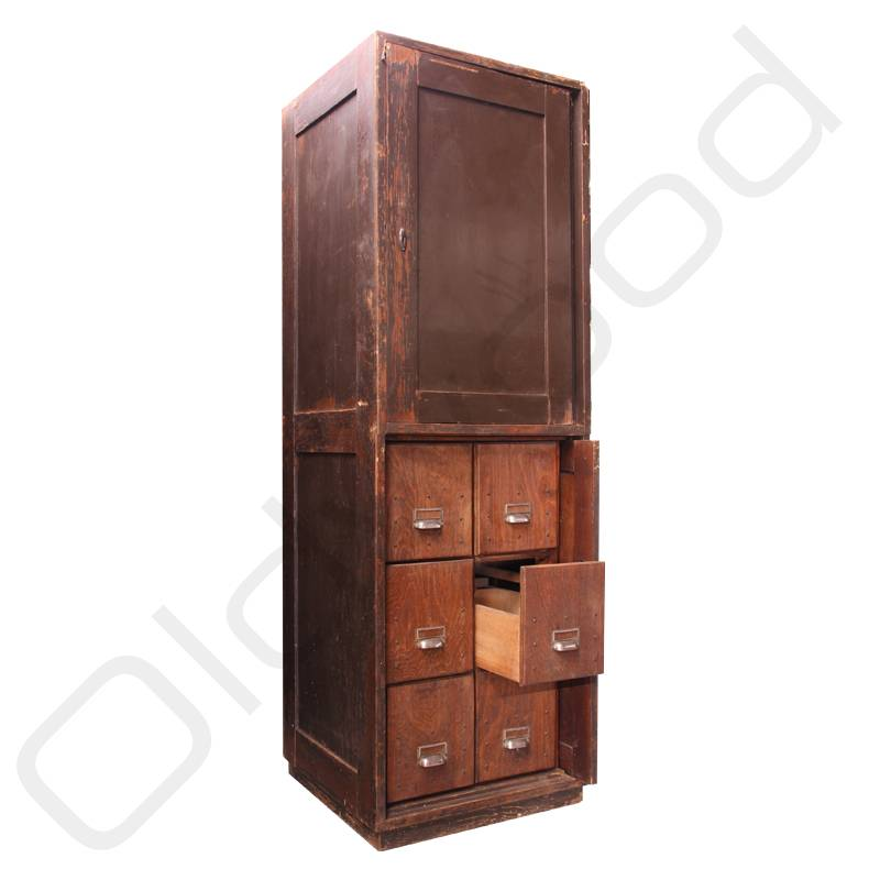Oud industrieel meubilair barkrukken p os - Oude meubilair dressoir ...