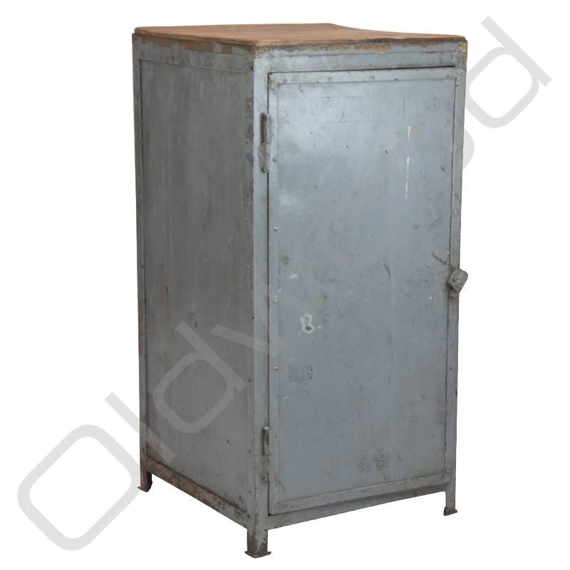 old school industri le lockerkast oldwood de woonwinkel. Black Bedroom Furniture Sets. Home Design Ideas