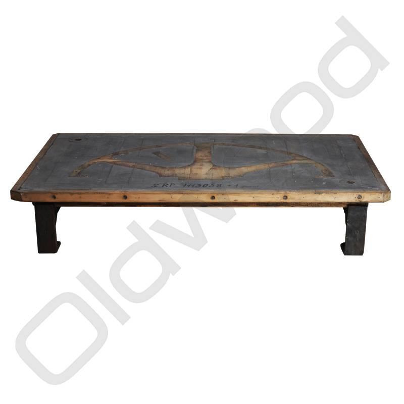 Industrieel meubel (Verkocht) Industriële salontafel grijs