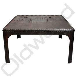 Industriële metalen tafel - verkocht