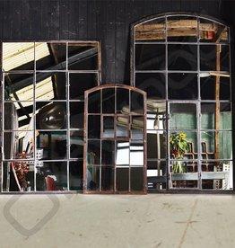 Grote industriële spiegel