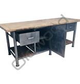 Industrieel meubel (Verkocht)Stoer kookeiland / industriële dressoir