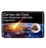 Kleine meteoriet in doosje