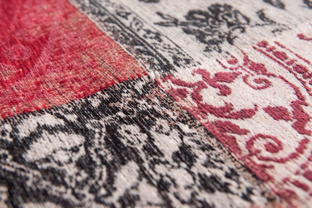 Vintage patchwork rug louis de poortere antwerp red 8985 louis de poortere store Tapis vintage patchwork