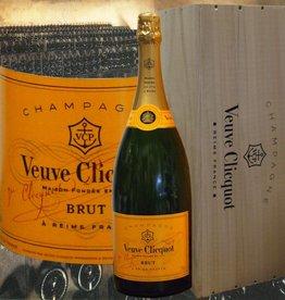 Veuve Clicquot Champagner Jeroboam in der Holzkiste