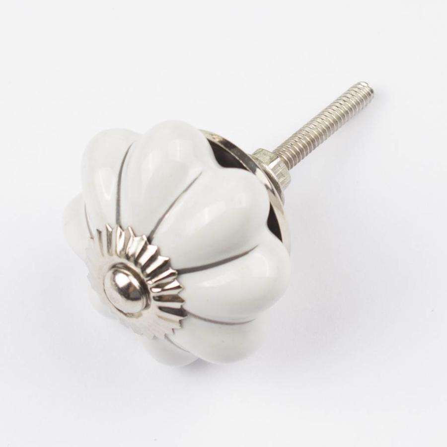 Porzellanknauf weiße Blume mit silbernen Streifen