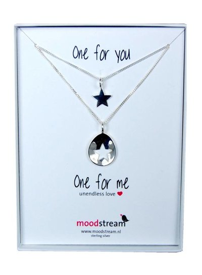 Zilveren mama ketting met uitgesneden ster. One for you, one for me!