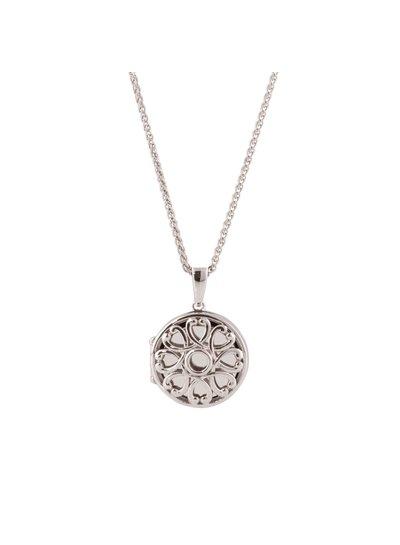 In zilver uitgevoerde medaillon om je dierbare dicht bij je te dragen