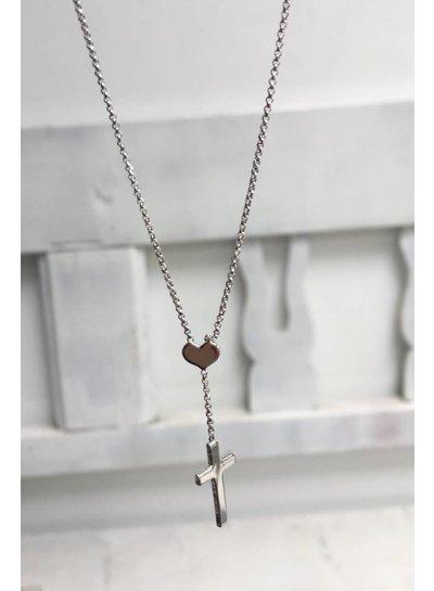 Amen Prachtige ketting met een verfijnd hartje waaraan aan kruisje hangt.