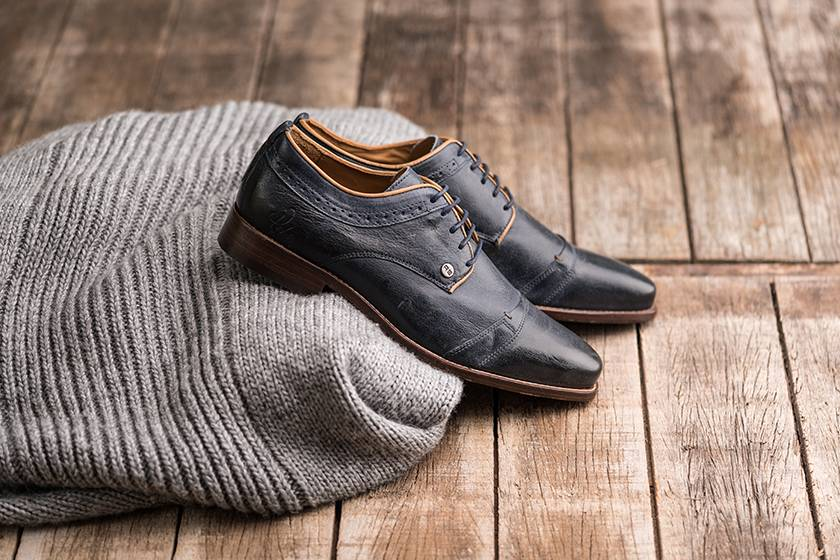 Blue shoes for fashion-savvy men