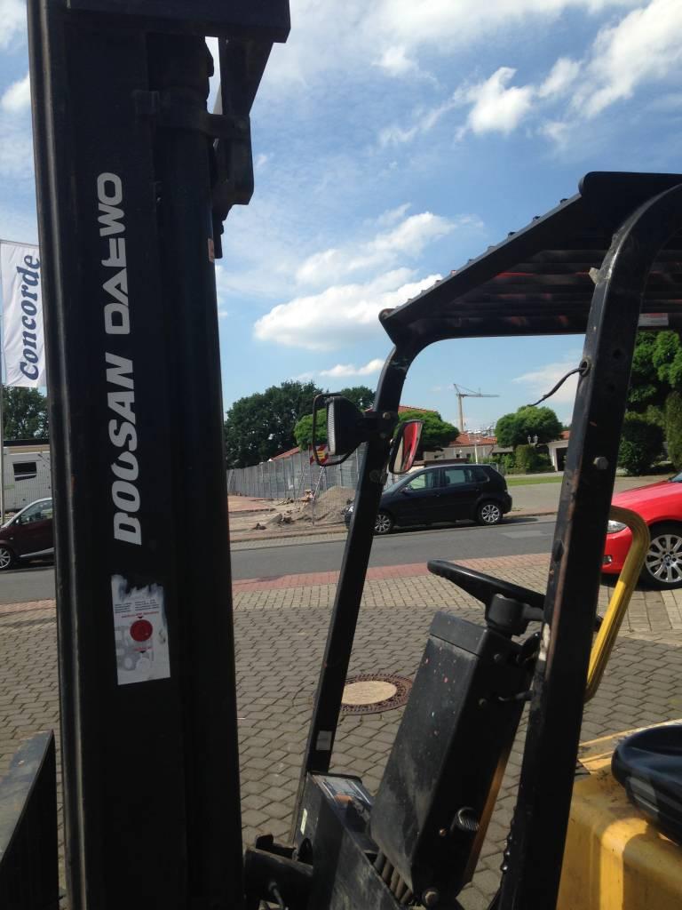 Daewo D25S-3 Dieselstapler