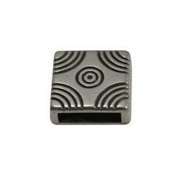 Cuenta DQ Metallic leather slider square 10mm arcs pattern silver