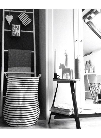 Serholt Sweden Zweeds paardje wit (MEDIUM) - Serholt Sweden
