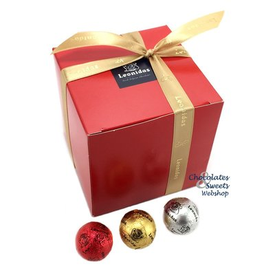 Leonidas Cube de Noël avec 40 boules de Noël