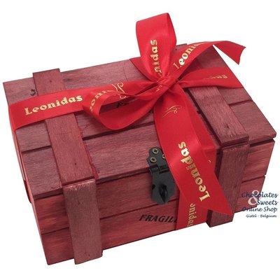 Houten kistje met 500g Leonidas pralines