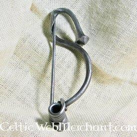 Smooth Celtic brooch