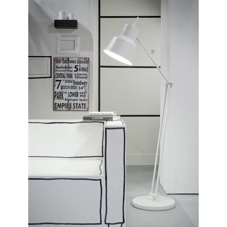 It's about RoMi Belfast - Floor Lamp - White