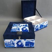 Dutch souvenir tea box Delft blue