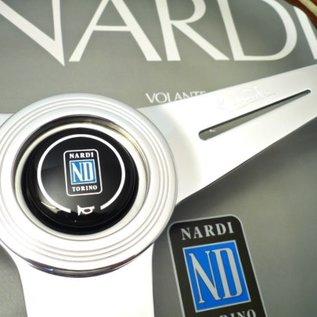"Nardi ""Classic"" wood + polished spokes 39 cms. steering wheel"