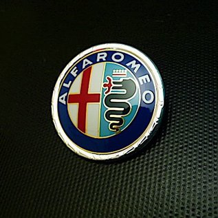 Alfa Romeo Spider 1972-1983 Emblème avant en plastique verni, 55 mms.