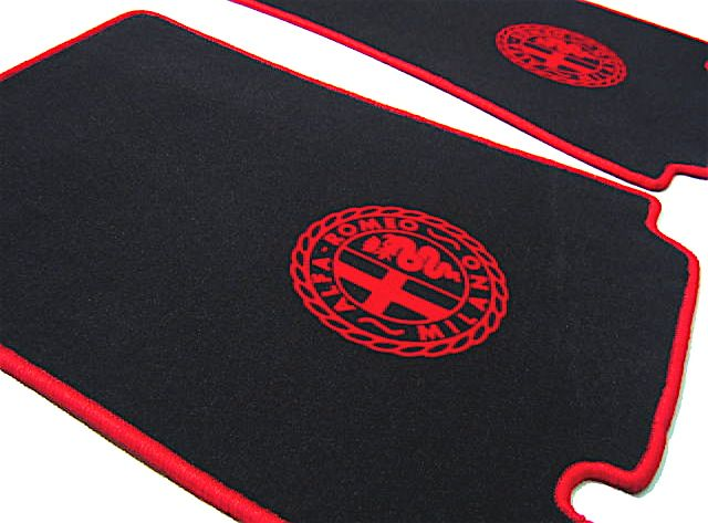 alfa romeo giulietta giulia spider 1955 1965 floor mat set velours black red alfa milano logo. Black Bedroom Furniture Sets. Home Design Ideas