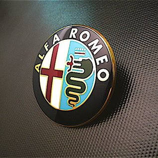 Alfa Romeo 147 2004-2010 Emblem front