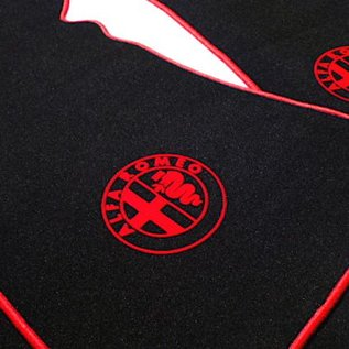 Alfa Romeo Bertone GTJ GTV 1970-1976 Floor mat setveloursblack - red logo + trim