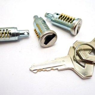 Renault 16 Lock set doors