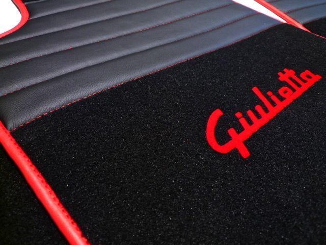 Alfa Romeo Giulietta 2010 2015 Tapis De Sol Premium Velours Noir Sigle Rouge Contours