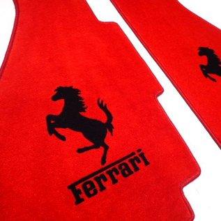 Ferrari 308 GTB Floor mat setveloursred - black horse + script