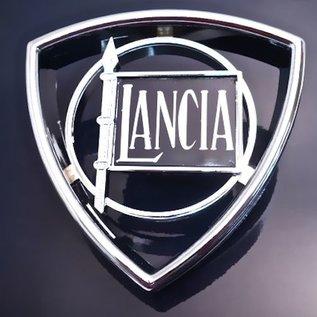 Lancia Beta Emblem front