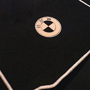BMW E3 2500 2800 3.0 3.3 1968-1975 Floor mat set velours black-tan logo + trim
