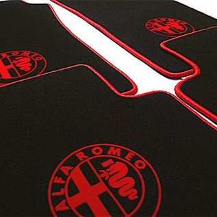 Alfa Romeo 147 Floor mat set velours black-red 4 x logo + trim