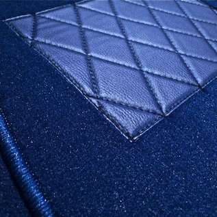 Mercedes-Benz W123 Sedan Carpet set interior velours dark blue