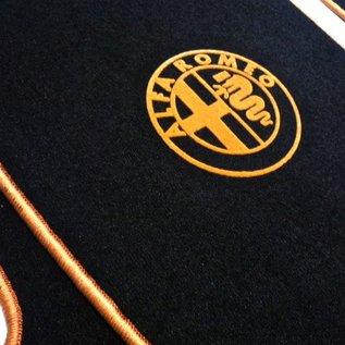 Alfa Romeo 147 Floor mat set velours black-gold logo + trim