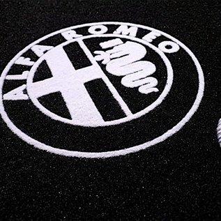 Alfa Romeo Giulietta 2010-2017 Floor mat set velours black - silver logo + trim
