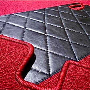 Fiat 124 Sport Spider 1967-1978 Carpet set interior loop red