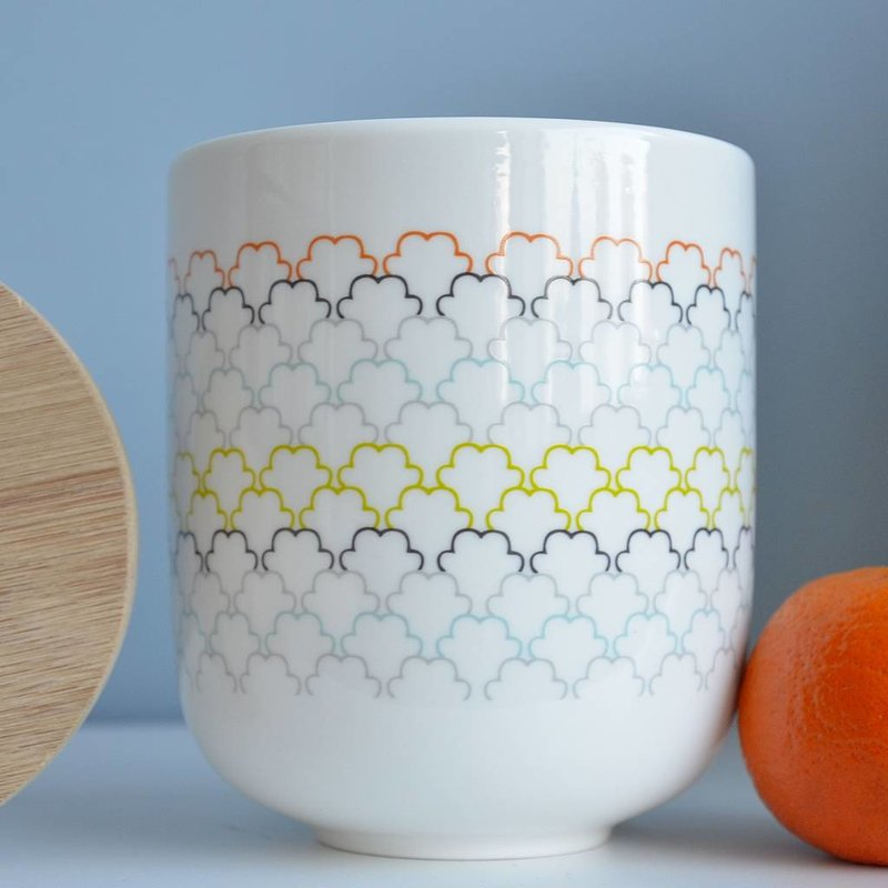 Porseleinen voorraadpot met bamboe deksel - gekleurd honingraad dessin