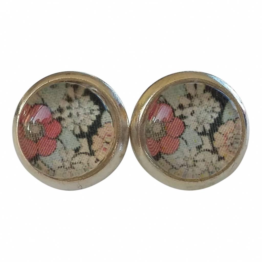 Skinnar malin oorbellen   knopjes met roze zwart retro bloemen ...