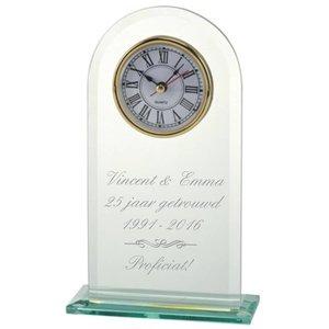 Trophée en verre avec horloge et texte