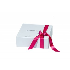 Luxurious white Greenland gift box