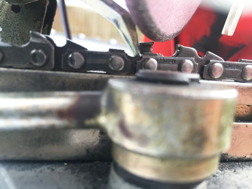 Elektrische kettingslijper zaagketting slijpen