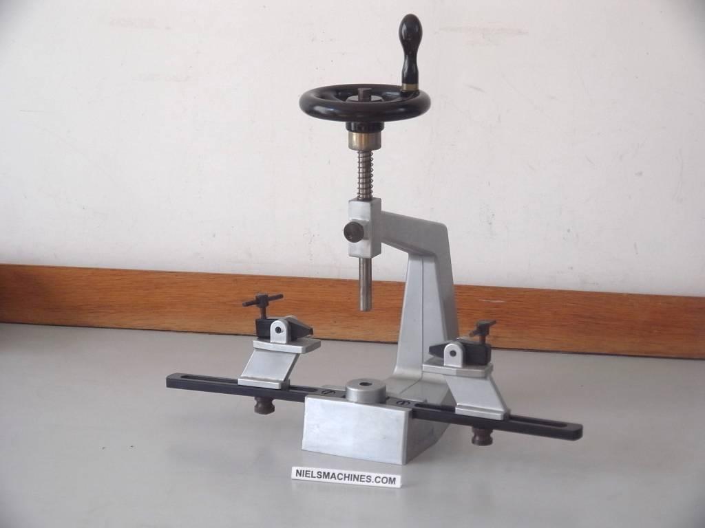 clock bushing machine