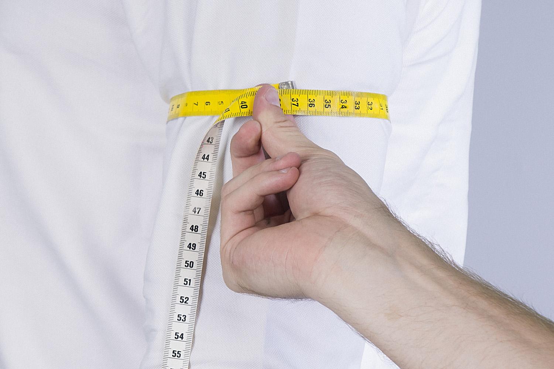 Omvang van de bovenarm opmeten